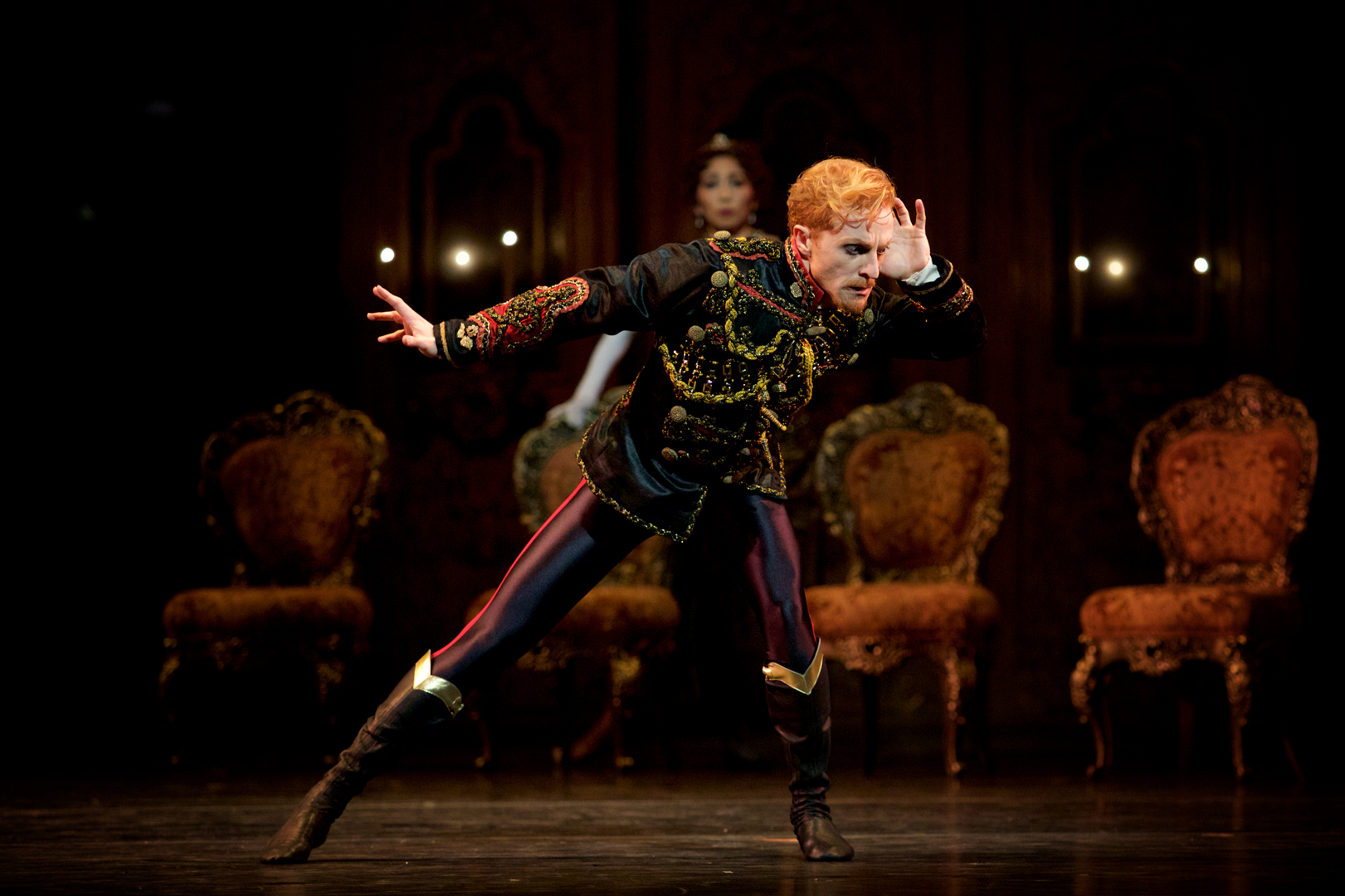 mayerling-steven-mcrae-as-prince-rudolf-c-roh-2017-photographed-by-alice-pennefather