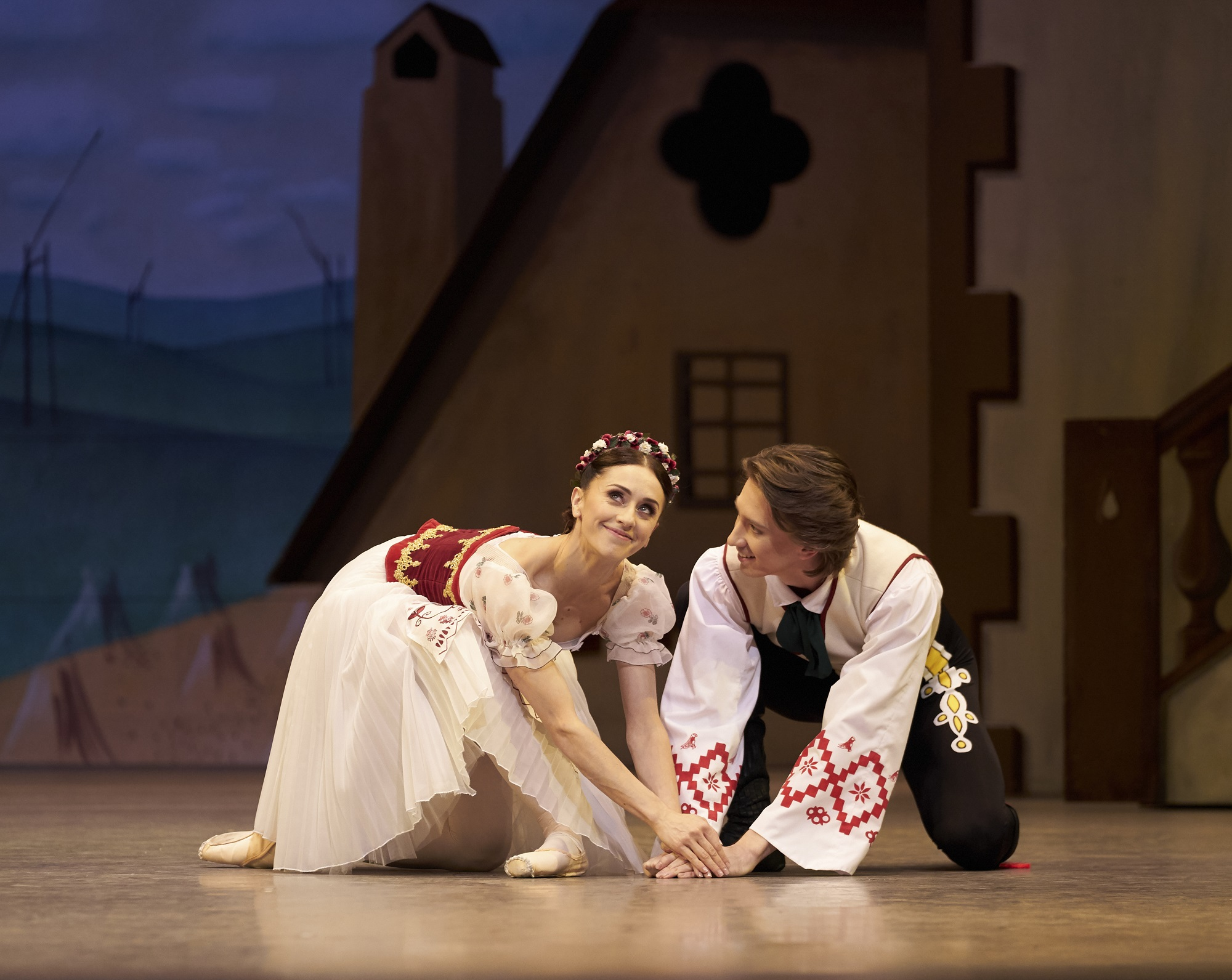 Cast Swanilda: Marianela Nunez, Franz: Vadim Muntagirov, Dr Coppélius: Gary Avis, Coppelia; Asley Dean, Aurora; Claire Calvert, Prayer; Itziar Mendizabel, Conducted by Barry Wordsworth